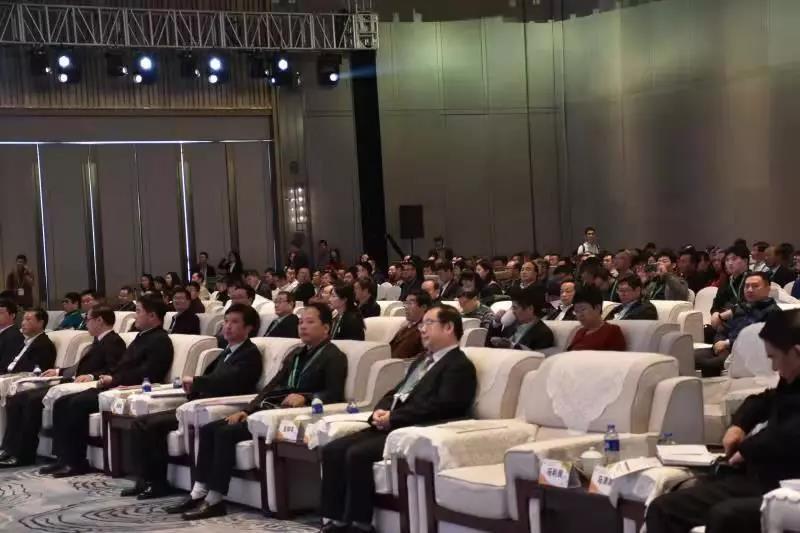 农民丰收节与乡村文化发展论坛嘉宾图.jpg